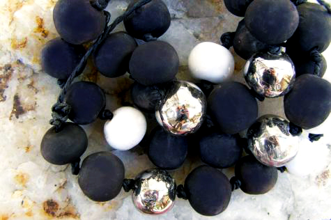 Porcelánové korále TRIO