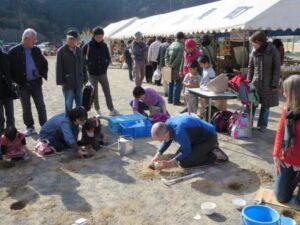Čeští keramici na keramickém festivalu v japonské Sasamě