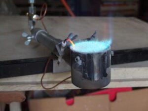 Vhodný hořák pro vypalování keramiky.