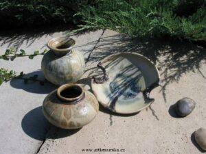 Kam za keramikou?